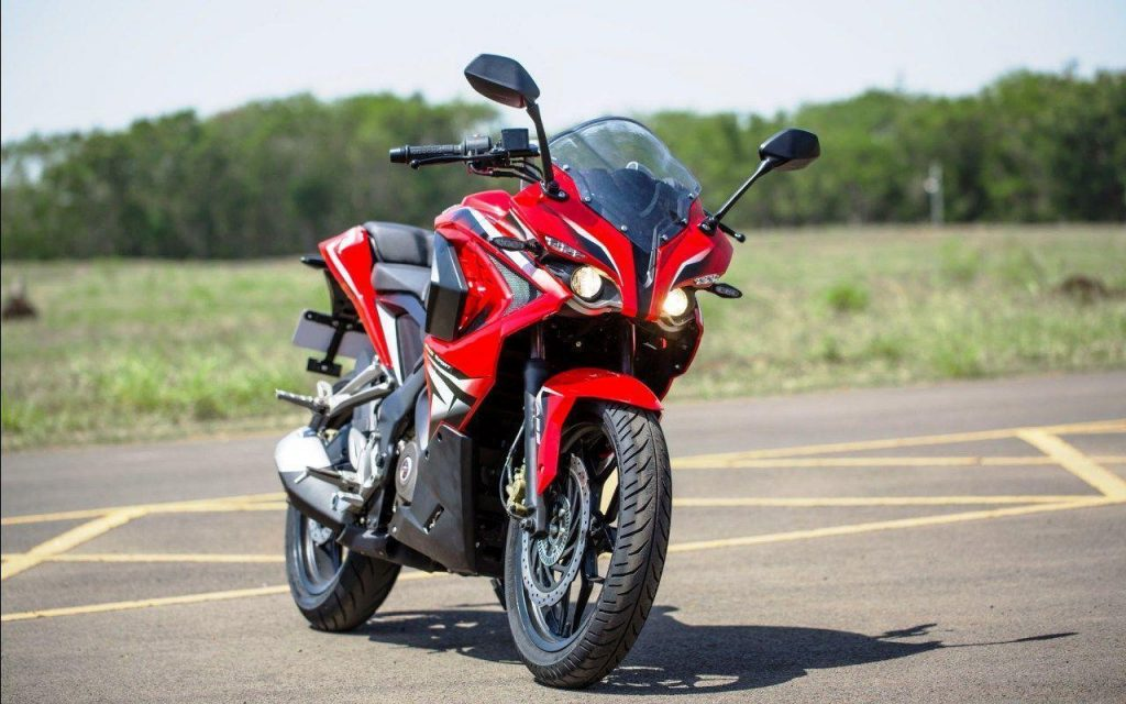 rs200 1024x640 - Bikes